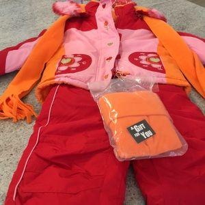 NWT 2T snow suit/ 2 pc